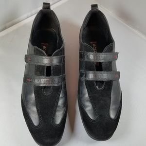 Ecco black leather and suede sneakers Sz 8.